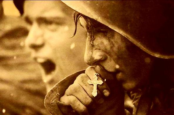 Из писем немецких офицеров: «русские способны сопротивляться власти страха даже с согнутой спиной!»