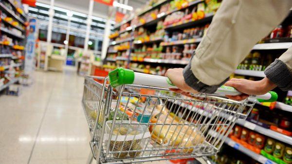 Покупкомания. Как хозяева супермаркетов управляют нашим сознанием