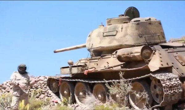 В бой идут Т-34 и БТР-60: как на Ближнем Востоке воюют советским оружием
